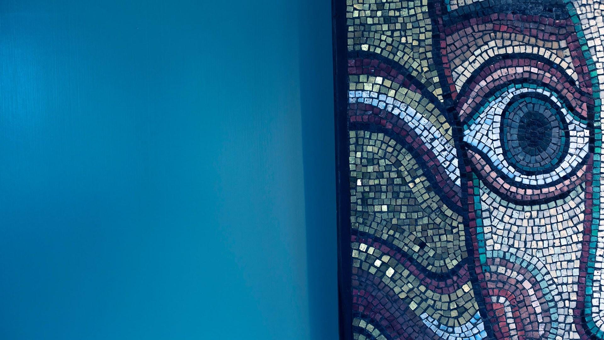Blå glasmosaik